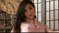 lolita chang พริตตี้จีนมาถ่ายแบบถอดเสื้อผ้าเห็นนมสวยขาวเนียนซี้ดเลย