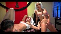 Transando com duas freiras gostosas