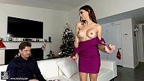 Eva Long loves hard pounding