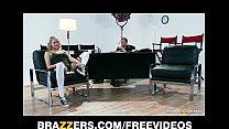 Flexible blond dancer Mia Malkova shows off her...