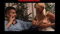 La figlia troia fa pompini al padre - Porno Inc...
