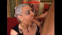granny hot big cock italian - nonna scopa cazzo...