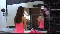 Unbelievable spanish model Sylvie gaping