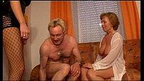 Mulher empresta o marido para foder sua amiga velha