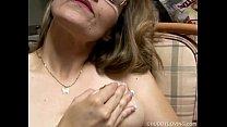 Chubby amateur MILF masturbating