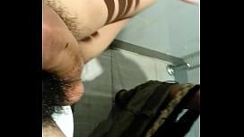 Novinho amador fazendo sexo anal