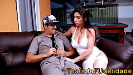 Cristiane Fatally brasileira chupando e sentando na piroca