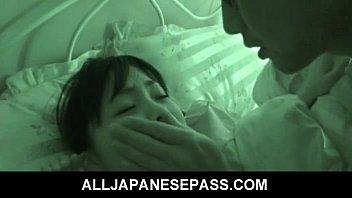 หนังxxx ข่มขืนลูกเลี้ยง xxxav หนังโป๊ญี่ปุ่นพ่อเลี้ยงหื่นย่องเข้าห้องนอนลูกเลี้ยง JPAV แล้วจับเลียหีจนเปียกแล้วเย็ดโคตรเด็ดเลยขย่มกันเสียวสุดๆ