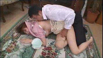 คลิ๊ปโป๊ เมียโดนเพื่อนผัวบุกปล้ำขืนใจถึงบ้านตอนสามีเธอไม่อยู่