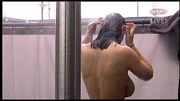 หนังxxx คลิปจากทางบ้านสาวใหญ่ลูกสองขี้เงี่ยนเล่นเสียวโชว์ตอนอาบน้ำ