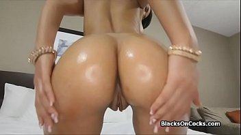 young black girl  sucks dick