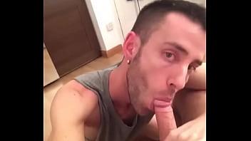 blowjob gay Looking for a blowjob asap.