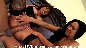Watch free nude shower scenes