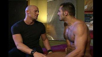 คลิปx หนุ่มกล้ามโต XxX gay นัดยิ้มเล่นหนังโป๊เกย์กันในห้องนอน กล้ามใหญ่แถมควยโตเสียบตูดบาน