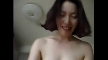 คลิ๊ปเสียว หนังโป๊เกาหลี สาวนมโตโดนผู้ชายซอยหีกระแทกแบบไม่ยั้ง ทำเอาหีแทบพังไม่คุ้มกับค่าตัวขายหีเลย