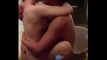 คลิปx คลิปหลุดดีเจนั่งขย่มควยจูบปากแลกลิ้นไปด้วยโคตรได้อารมย์