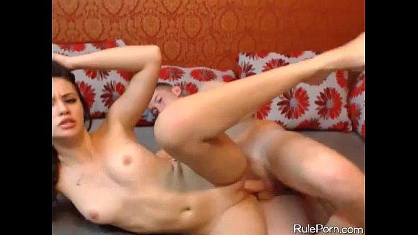 Tinuta Cu Forta De Prietena Ei Sa Fie Fututa Porno