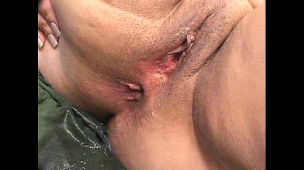 Dona de casa coroa gostosa gorda faz anal com negão