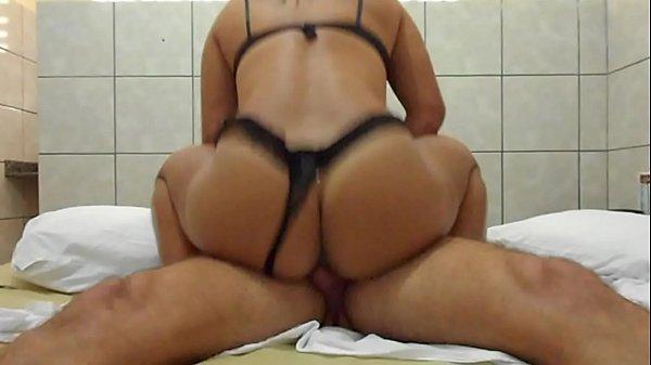 Rabuda adora gravar suas cenas de sexo