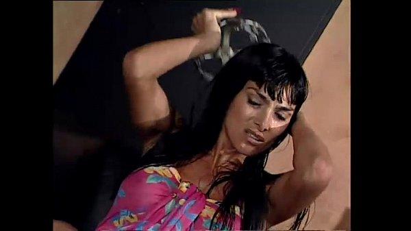 Filme Porno Cu O Femeie Fututa Intr-O Cusca Pe Lant