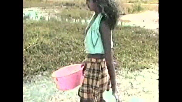 Gabriela 18 Anos foi fodida por vários caras na floresta