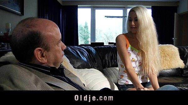 Film Porno Cu Denisa Fututa De Bunicul Ei