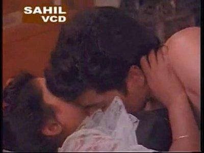 Indian Mallu porn collection (1h 16 min)