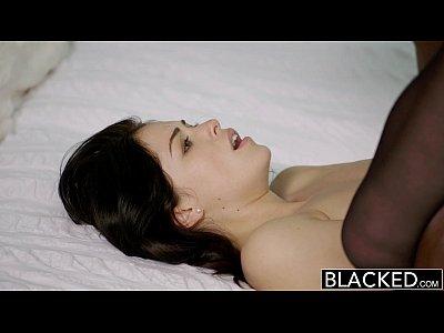 Negro-mujer británica de eva dalush le encanta la polla grande y negro!