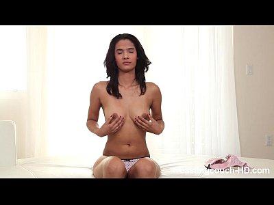 Ajuste latina sólo 19 - la primera y única porno
