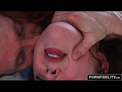 pornfidelity española pelirroja amarna miller follada duro