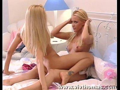 7 Min Gorgeous Blonde Lesbians Orgasm Vivthomas.com