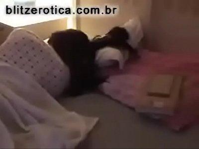 Debajo De Faldas Grabada por su primo dormida vago tv