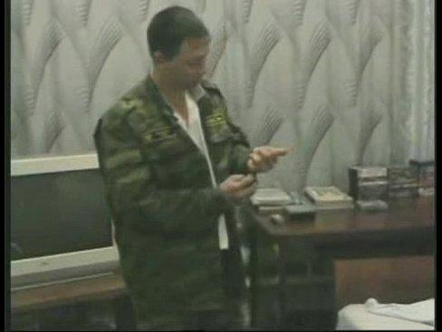 Солдаты дрочат на камеру видео фото 664-669