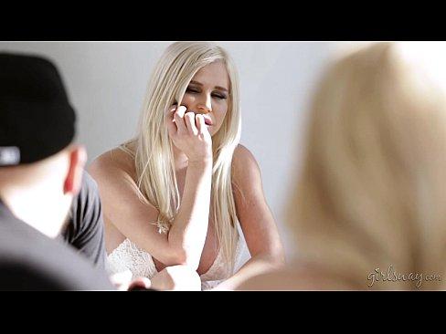 http://img-egc.xvideos.com/videos/thumbslll/11/bb/cd/11bbcdbe02850493f521ff7cfdb0946d/11bbcdbe02850493f521ff7cfdb0946d.14.jpg