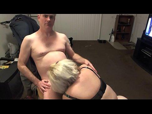 Upskirt facesit orgasm