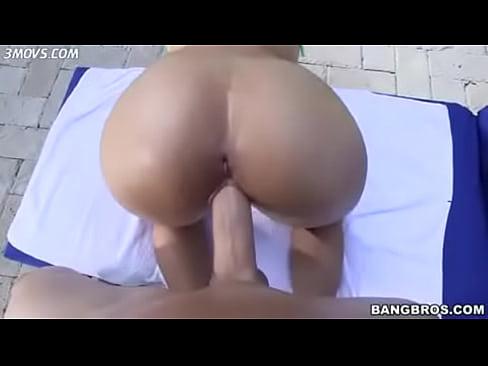 Mia Khalifa em filme pornografico gratis