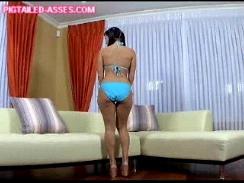 http://img-egc.xvideos.com/videos/thumbslll/24/98/f7/2498f71519577267f7bb166d454b3c3d/2498f71519577267f7bb166d454b3c3d.1.jpg