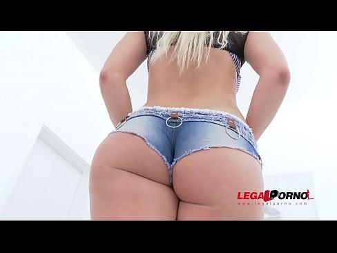 Filme Porno Se Fute Cu Forta O Gagica Ce Are Blugi Scurti De I Se Vede Curul
