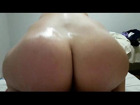 Filme de sexo amador com coroa rabuda sentando na vara