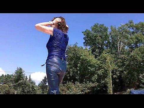 http://img-egc.xvideos.com/videos/thumbslll/4c/70/8b/4c708b57ed65e52985824885a72ef078/4c708b57ed65e52985824885a72ef078.28.jpg