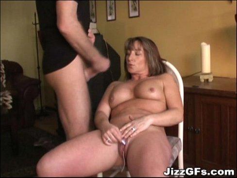Videos de Sexo Porno mulher safada mamando gostoso