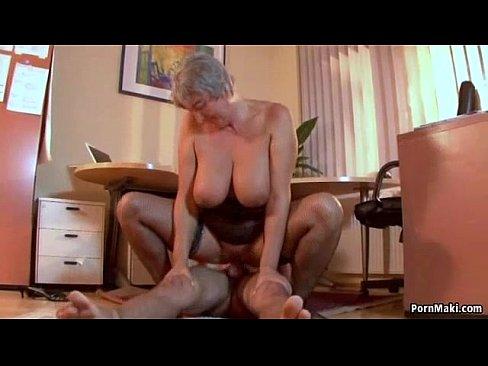 Busty nanny anal pics