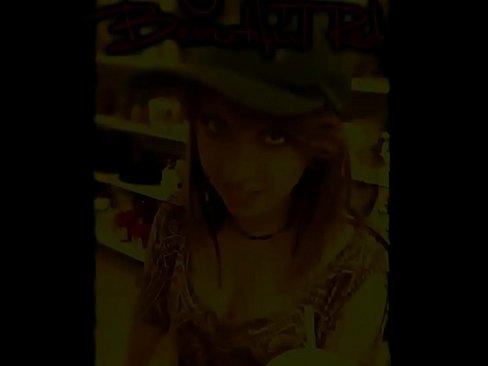 http://img-egc.xvideos.com/videos/thumbslll/69/93/80/699380df5bc402d4f57f898832e7bd37/699380df5bc402d4f57f898832e7bd37.3.jpg