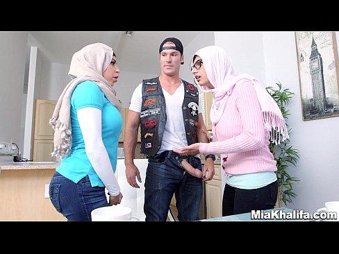 big dick white porn stars Blacked 2 Big Black Dicks for Rich White Girl - Free Porn Videos.