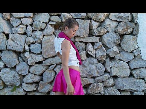 http://img-egc.xvideos.com/videos/thumbslll/6e/d7/3d/6ed73d4068a110610cb0eb86adfb9195/6ed73d4068a110610cb0eb86adfb9195.4.jpg