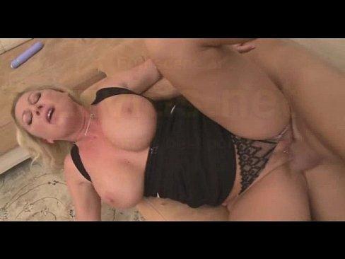 Порно с девон лии и ниной хартни фото 258-956