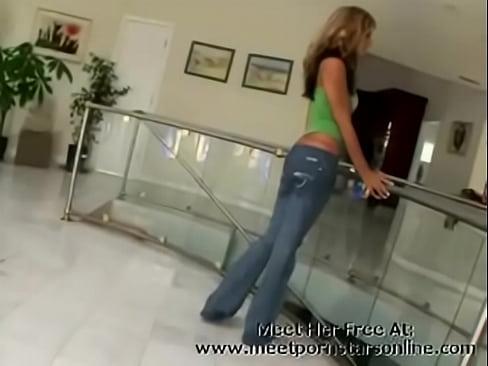http://img-egc.xvideos.com/videos/thumbslll/9b/c0/3a/9bc03a939e3919b37a83bf274dd39108/9bc03a939e3919b37a83bf274dd39108.2.jpg
