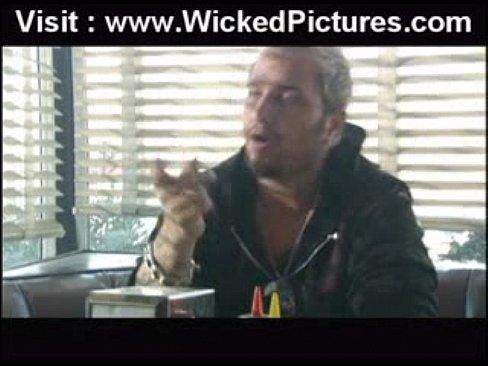 http://img-egc.xvideos.com/videos/thumbslll/a1/82/8c/a1828cee53a4439e23edd636bfe802e8/a1828cee53a4439e23edd636bfe802e8.22.jpg