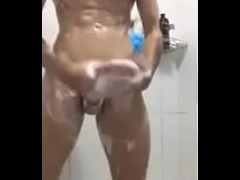 Vini Novinho no banho 24 sec