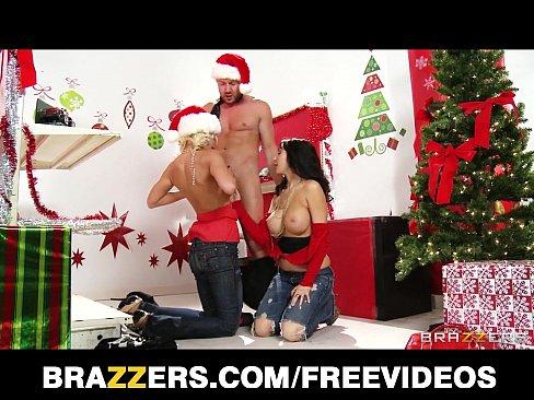 Mulheres gostosas fazendo sexo no natal